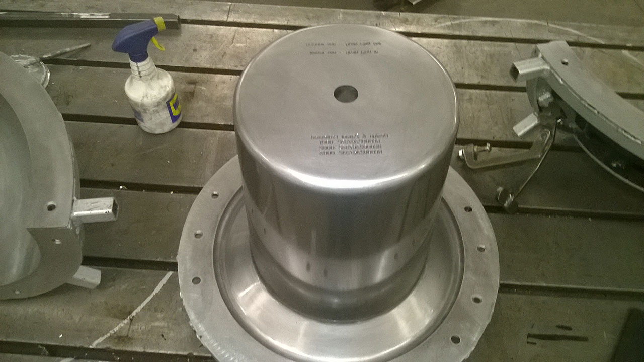 18) Lid inner core polished